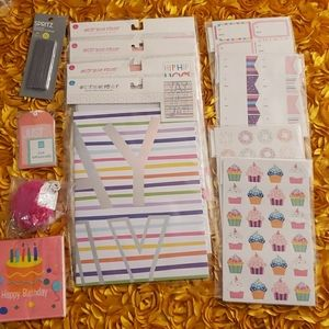 25 piece Miscellaneous Party Supplies